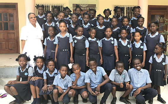 Gruppo classe ad Haiti